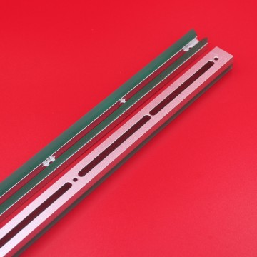 Part No:193205 Squeegee...
